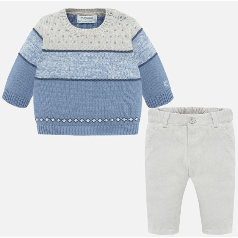 Комплект: свитер и брюки