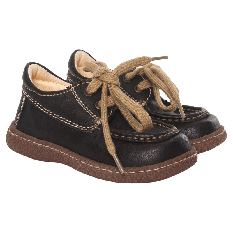 Ботинки коричневые на шнурках
